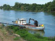 Baliseur de Loire stationné le long de la levée de la Divatte