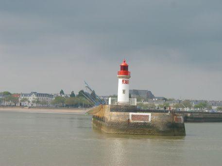 Phare de l'avant-port de Saint-Nazaire